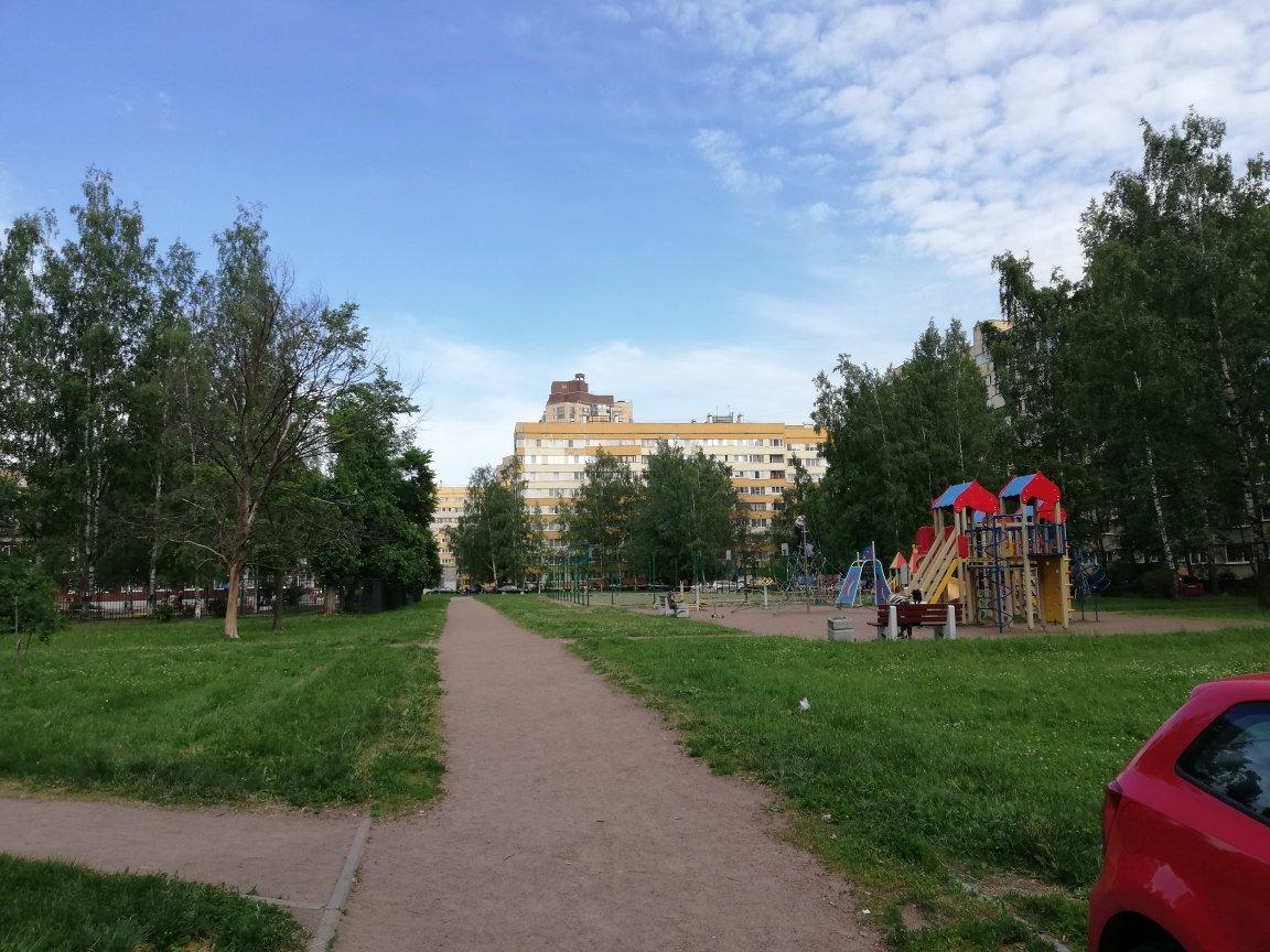 Петергофское шос., д 21, корпус 3