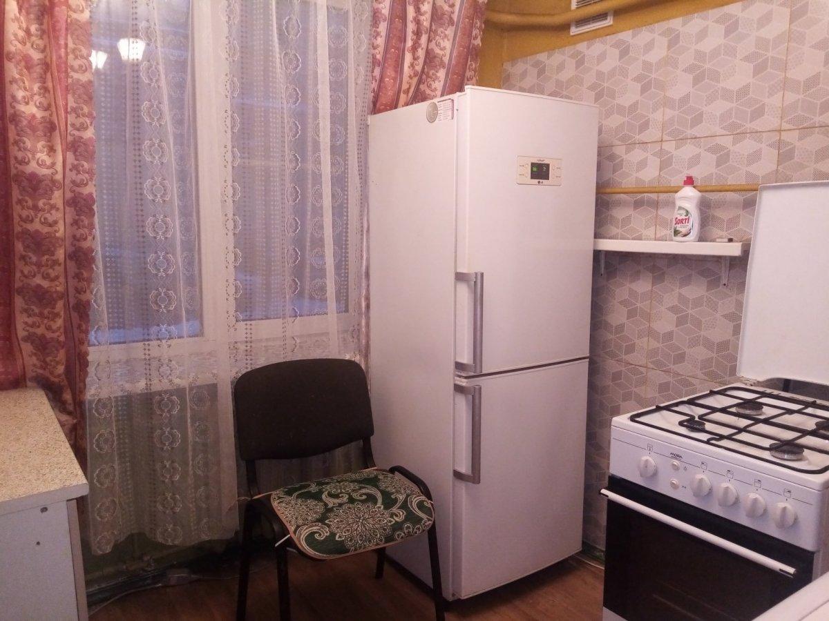 Варшавская ул., д 25