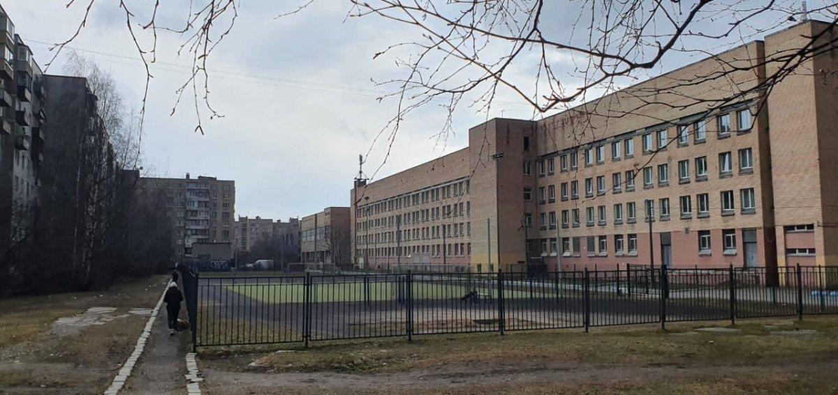 Дыбенко ул., д 12, корпус 1