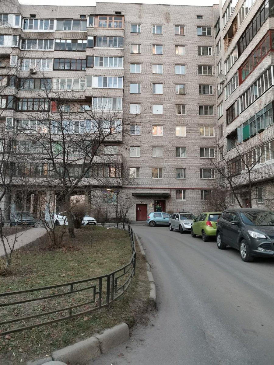 Варшавская ул., д 108
