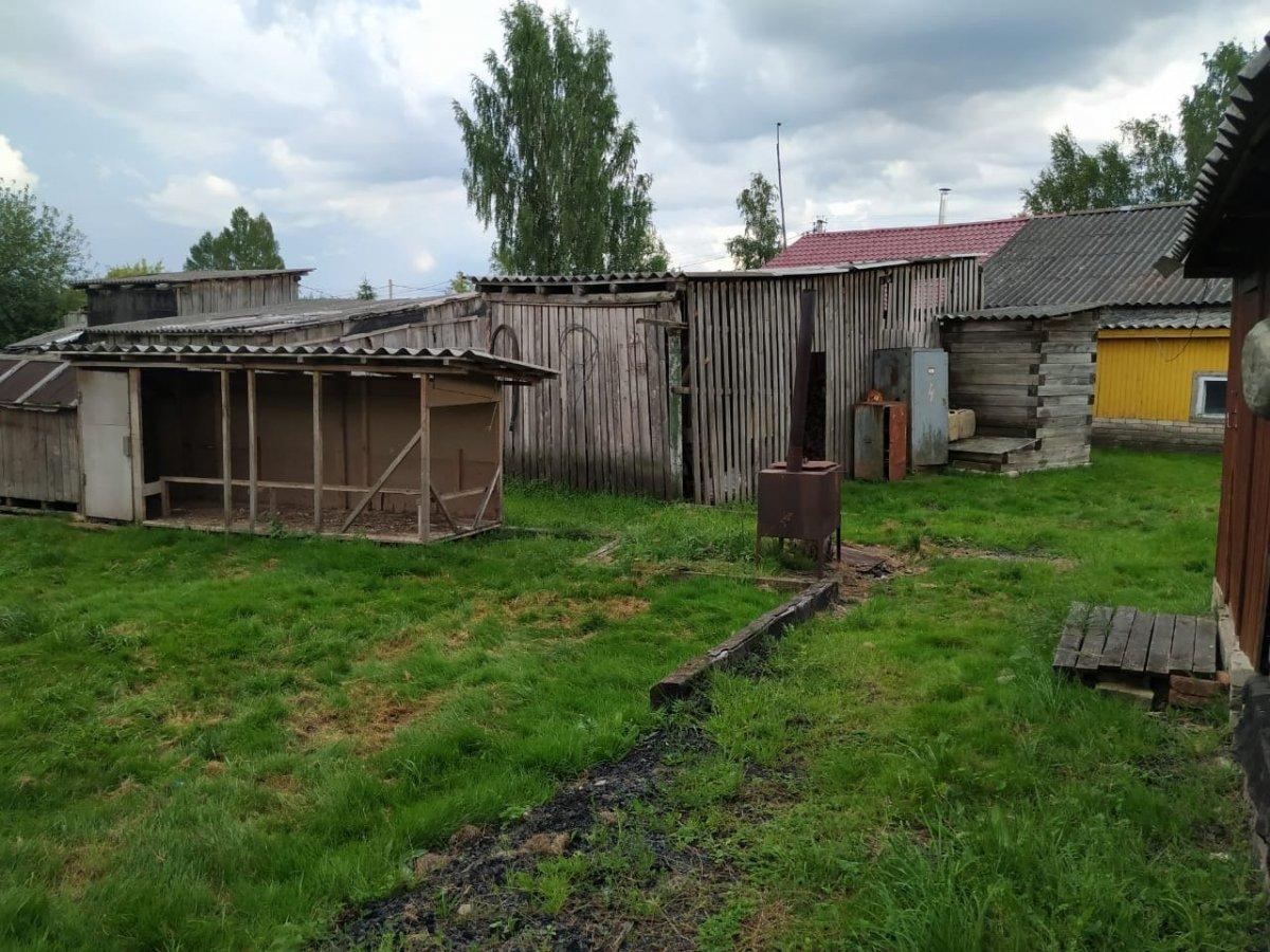 Продажа дома, 10 сот., Батецкий, Первомайская ул.
