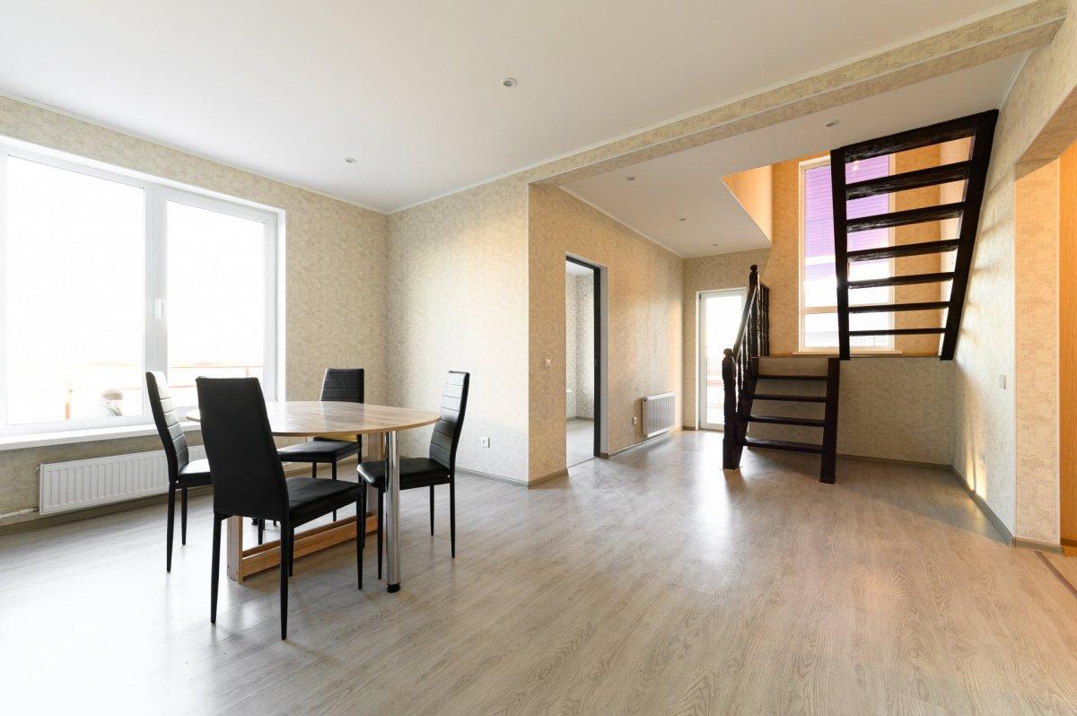 Продажа дома, 180м <sup>2</sup>, 6 сот., Аннино, Аннино пос.