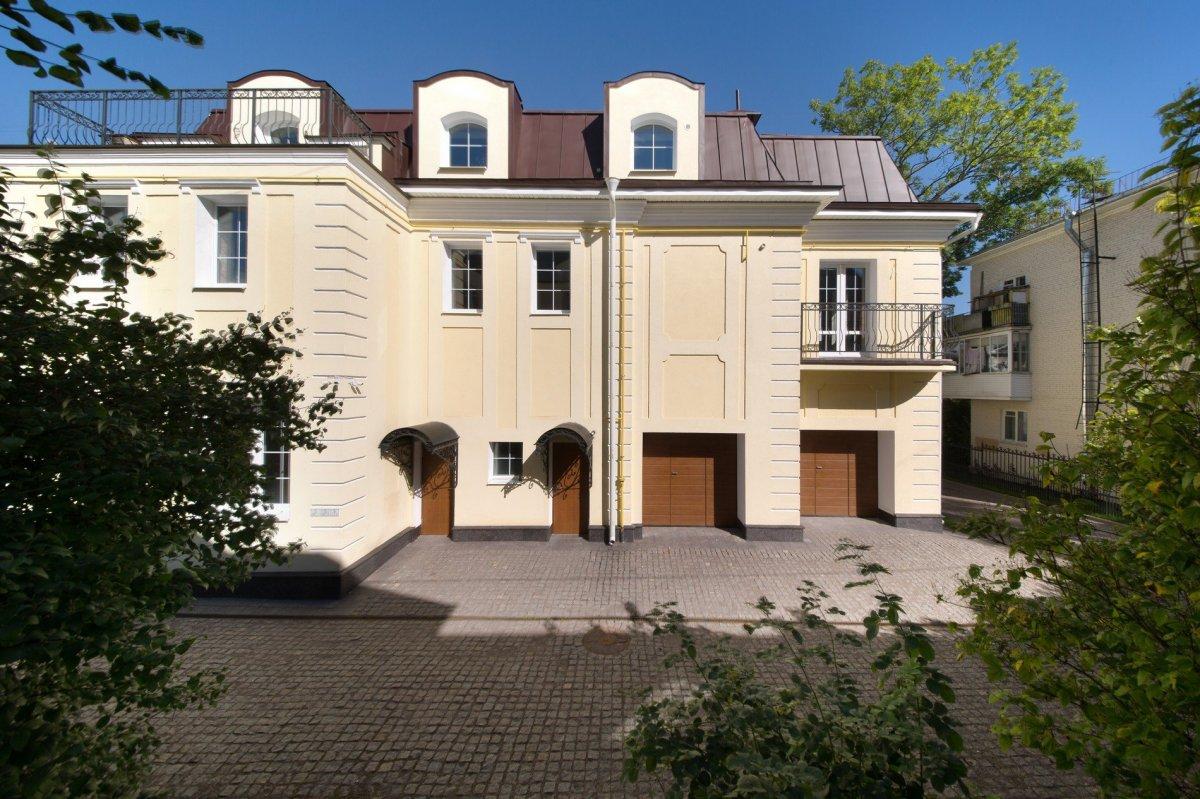 Продажа дома, 1007м <sup>2</sup>, Пушкин, Малая ул.,  д 39
